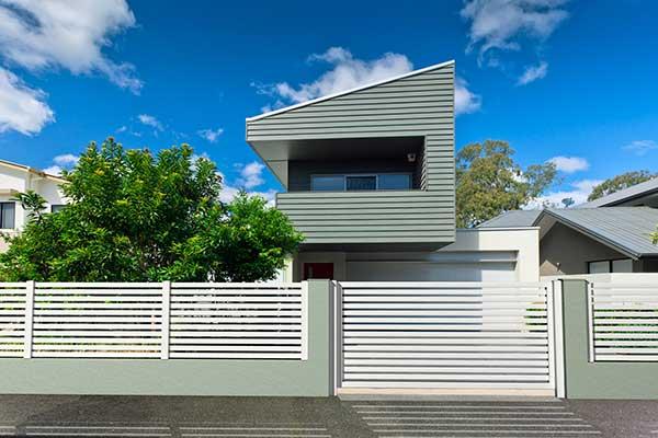 Modello maia recinzione resistente ed elegante in alluminio for Cancelli da giardino