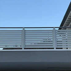 Ringhiere in alluminio per esterni ed interni alba srl - Ringhiere da interno moderne ...
